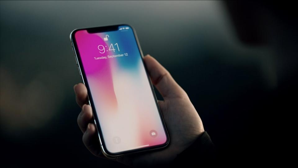 Photo of Bảng giá unlock iPhone, mở mạng iPhone tại Hà Nội